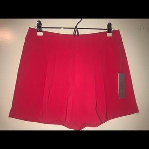 High waisted slack shorts (Jennifer Lopez)